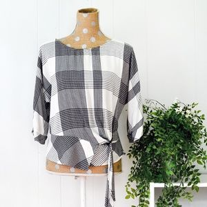 Vince Camuto Plaid Top